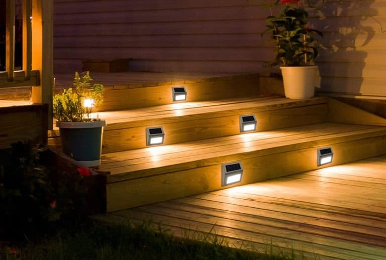 What Are the Best Outdoor Solar Lights?